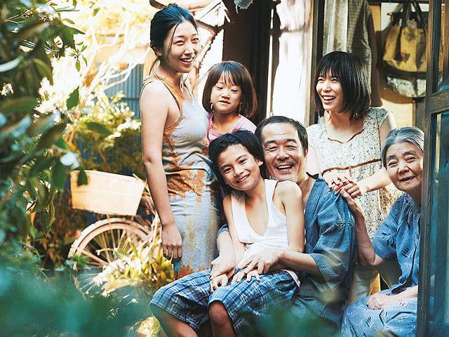 万引き家族の出演者たち